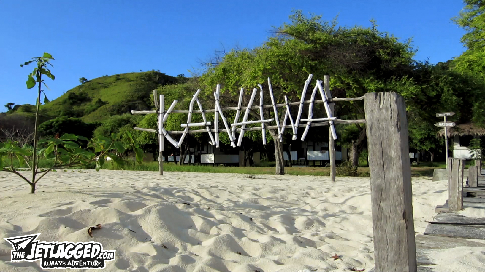 Making_Of_Kanawa_Island_Beach_Sign